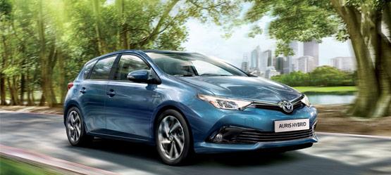 Noleggio lungo termine Toyota Auris